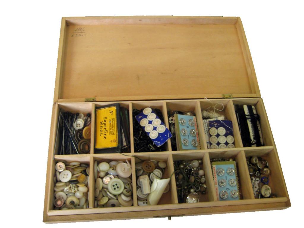 Das Bild für  zeigt eine Knopfschatulle mit Gemeinschafteigentums-Parzellen.