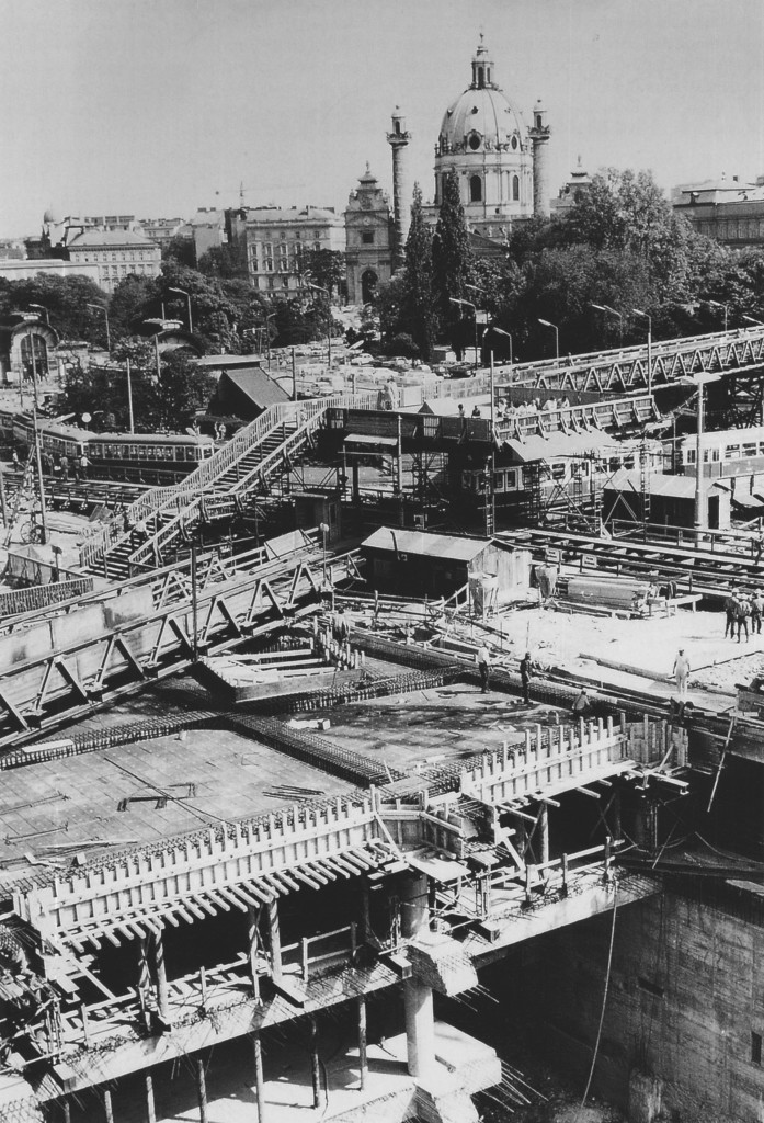 Karlsplatz under Construction, 1971 Wiener Linien, Nr. 74/27/7a